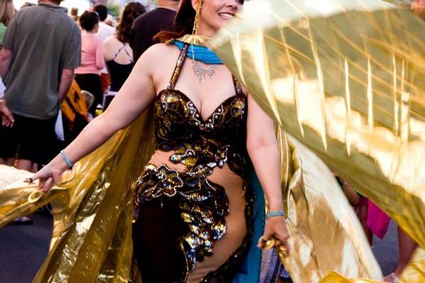 belly-dancer-at-sillyfest-200946A9D82B-009B-9321-C52A-68B7DE44F91E.jpg