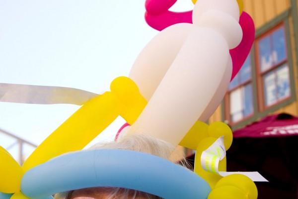 balloon-hat7A92DA5A-0A93-884E-55A5-4ACAC18AE0E2.jpg