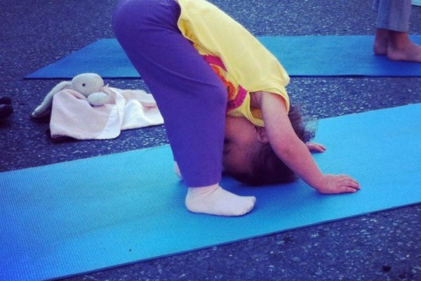 yoga-baby58869B72-1D07-26D3-A741-CC2943B7B747.jpg